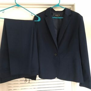 Jones of New York Women's Suit